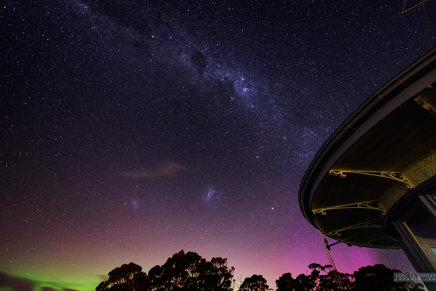 Aurora and Milky Way at the Signal Station